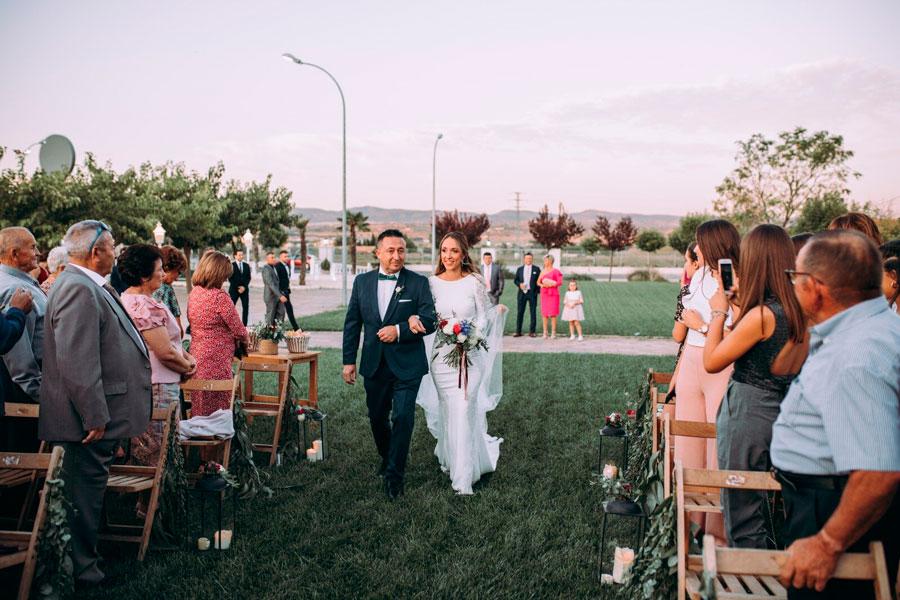 Paula y Héctor: ¡una boda inolvidable en Almansa! 8